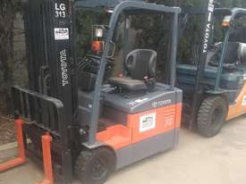 Toyota electric forklift 7FBE18 7FBE20 - picture2' - Click to enlarge