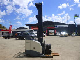 Crown 5700 Series 1.3 Tonne Electric Forklift with Charger - picture2' - Click to enlarge