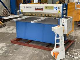 1270mm x 3.5mm English Designed True-Cut Guillotine - picture0' - Click to enlarge