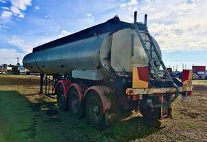 ROAD CONSTRUCTION bitumen tanker