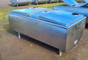 1,180lt STAINLESS STEEL TANK, MILK VAT