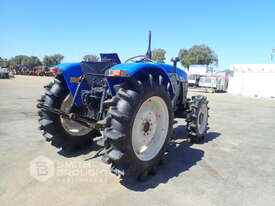 2014 SHANGHAI NEW HOLLAND SNH704 FRONT WHEEL ASSIST TRACTOR - picture0' - Click to enlarge