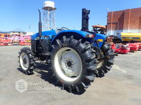 2014 SHANGHAI NEW HOLLAND SNH704 FRONT WHEEL ASSIST TRACTOR - picture1' - Click to enlarge