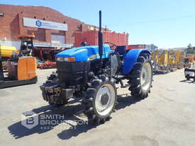 2014 SHANGHAI NEW HOLLAND SNH704 FRONT WHEEL ASSIST TRACTOR - picture2' - Click to enlarge