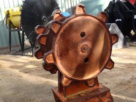 Jaws Compaction Wheels for Hire 8 to 60 Ton - picture1' - Click to enlarge