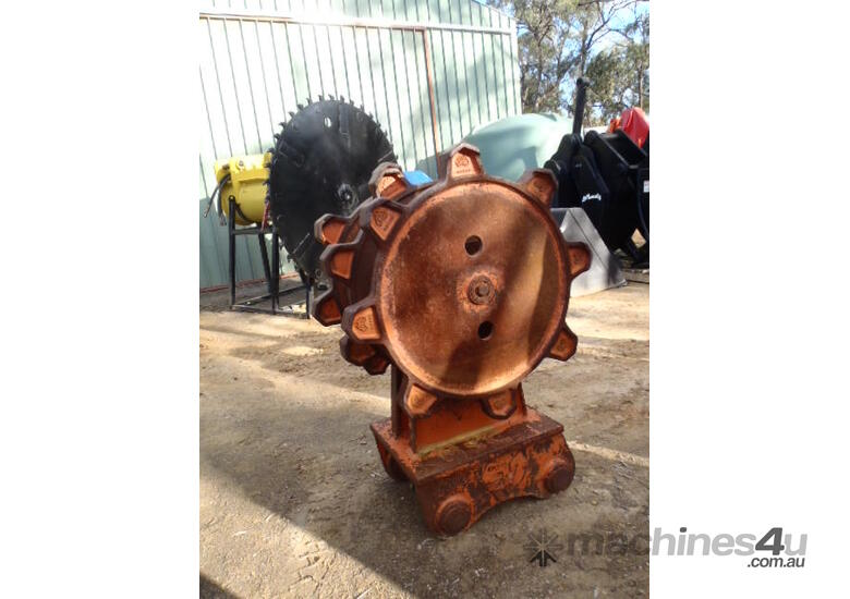 Jaws Compaction Wheels for Hire 8 to 60 Ton