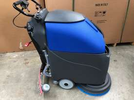 Battery Floor Auto Scrubber Dryer I18B - picture0' - Click to enlarge