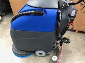 Battery Floor Auto Scrubber Dryer I18B - picture2' - Click to enlarge