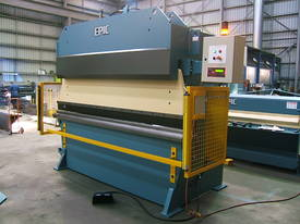 EPIC Hydraulic / Mechanical or Full Synchro Press Brake - picture4' - Click to enlarge