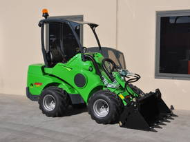 New 2016 Avant 640 Articulated Loader