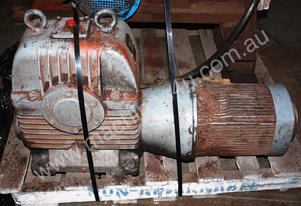M232 7.5kw 10hp 3 Phase Motor 81/1 Ratio Gearbox