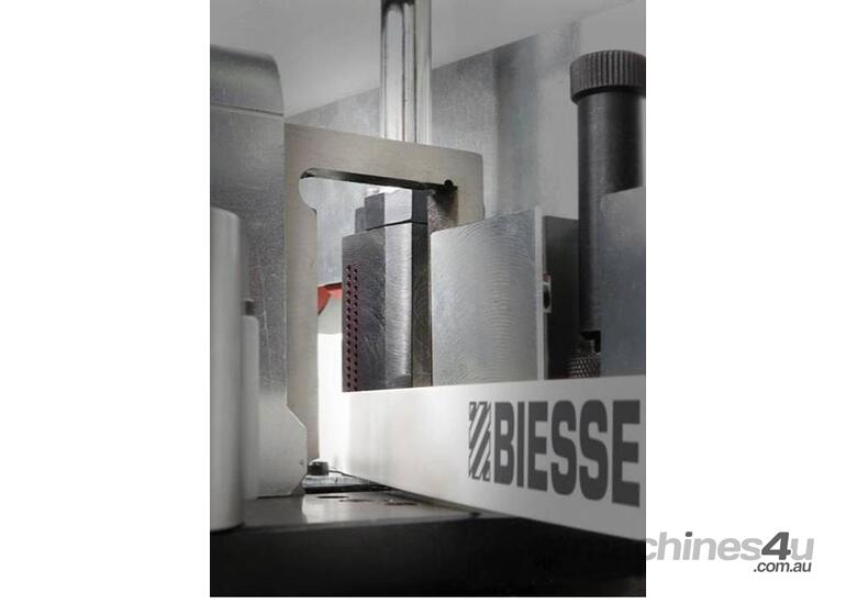 Biesse Akron 1440 Automatic Edgebanding Machine