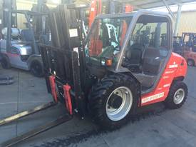 Manitou MH25-4T Buggie 4x4 Forklift Diesel 2.5Ton  - picture0' - Click to enlarge