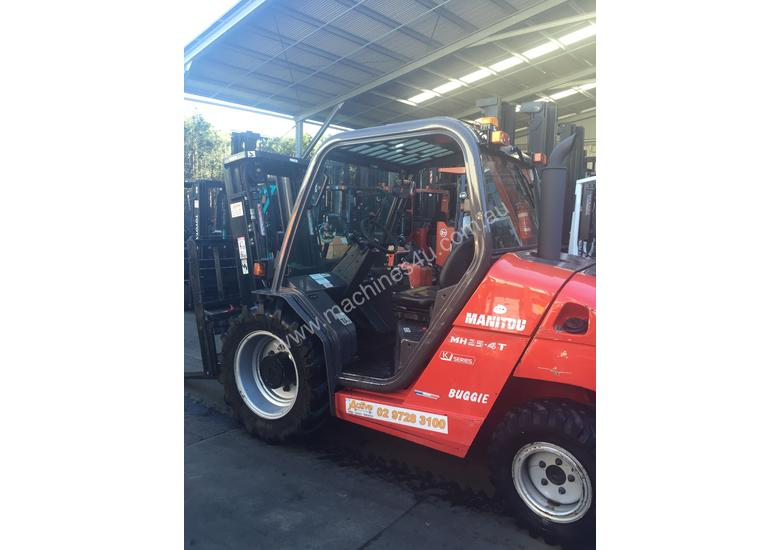 Manitou MH25-4T Buggie 4x4 Forklift Diesel 2.5Ton