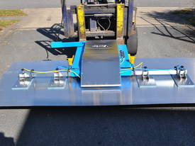 VLP500 Low Profile Forklift VacLift - picture5' - Click to enlarge