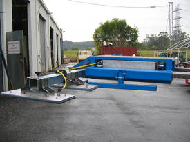VLP500 Low Profile Forklift VacLift - picture8' - Click to enlarge