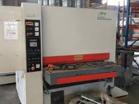 RHINO 2016 STOCK RUN OUT 3 HEAD 1300MM SANDER