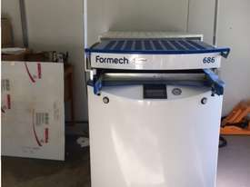 FORMECH 686 Vacuum Forming Machine - picture1' - Click to enlarge