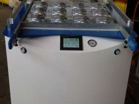 FORMECH 686 Vacuum Forming Machine - picture3' - Click to enlarge