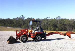 Kubota   R420 loader/backhoe