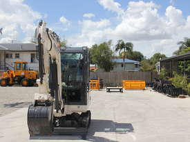 2018 Mini Excavator SM925 Cabin AC / Quick Hitch  and 3 Years Warranty - picture0' - Click to enlarge