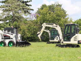 Jobcat 2017 Mini Excavator SM925 Cabin AC / Quick Hitch  and 3 Years Warranty - picture13' - Click to enlarge