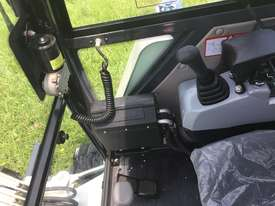 Jobcat 2017 Mini Excavator SM925 Cabin AC / Quick Hitch  and 3 Years Warranty - picture18' - Click to enlarge