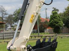 Jobcat 2017 Mini Excavator SM925 Cabin AC / Quick Hitch  and 3 Years Warranty - picture7' - Click to enlarge