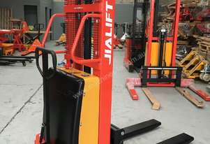 1.5T Semi-Electric Walkie Stacker/Lifter Lift Height 2500mm