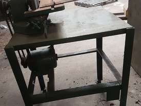 Face grinder linisher - picture4' - Click to enlarge