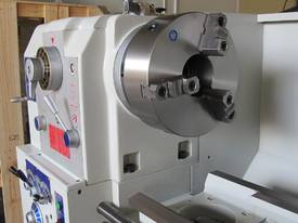 � 760mm Swing Centre Lathe, 104mm Spindle Bore, up to 4m BC - picture13' - Click to enlarge