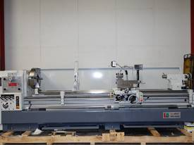 � 760mm Swing Centre Lathe, 104mm Spindle Bore, up to 4m BC - picture2' - Click to enlarge