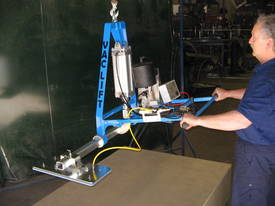 CVL lightweight Crane Vaclift Vacuum lifters - picture3' - Click to enlarge