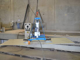 CVL lightweight Crane Vaclift Vacuum lifters - picture0' - Click to enlarge