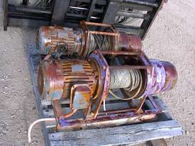 Pacific Electric winch/hoist - picture0' - Click to enlarge