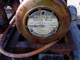 Pacific Electric winch/hoist - picture5' - Click to enlarge