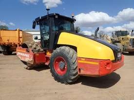 Dynapac CA4600PD Padfoot Roller - picture1' - Click to enlarge