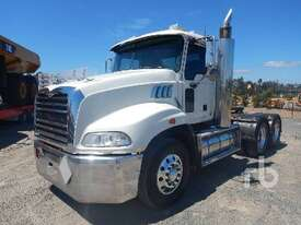 MACK CMMT Prime Mover (T/A) - picture1' - Click to enlarge