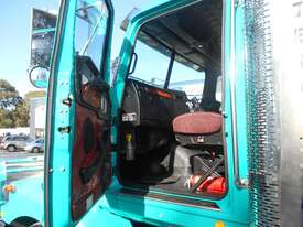 Western Star 4864FX Primemover Truck - picture4' - Click to enlarge