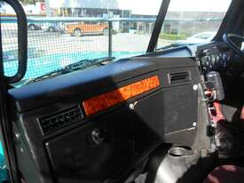 Western Star 4864FX Primemover Truck - picture7' - Click to enlarge