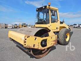 BOMAG BW211D-4 Vibratory Roller - picture0' - Click to enlarge