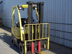 2.5T Counterbalance LPG Forklift - picture1' - Click to enlarge