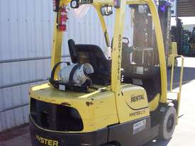 2.5T Counterbalance LPG Forklift - picture2' - Click to enlarge