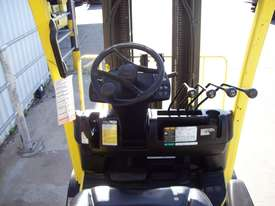 2.5T Counterbalance LPG Forklift - picture3' - Click to enlarge