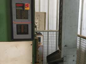 2000 x 20T PRESS BRAKE - picture1' - Click to enlarge