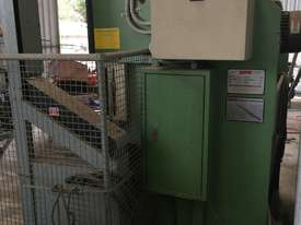 2000 x 20T PRESS BRAKE - picture2' - Click to enlarge