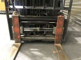 Toyota 32-8FG18 LPG / Petrol Counterbalance Forklift - picture3' - Click to enlarge