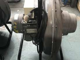 Lincoln Welding Extraction Fan Mobiflex 100-NF Portable Blower Electric 240 Volt Power 765 CFM Air F - picture5' - Click to enlarge