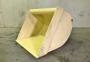UNUSED 900MM DIGGING BUCKET TO SUIT 6-8T EXCAVATOR D999