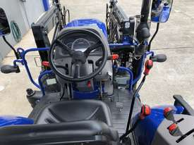 60HP 4WD ROPS TRACTOR WITH 4 IN 1 LOADER - picture8' - Click to enlarge